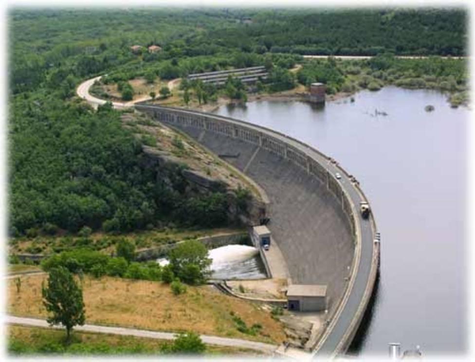 El Gobierno invertirá 1,9 millones para impermeabilizar de forma inmediata la presa de Cuerda del Pozo (Soria)