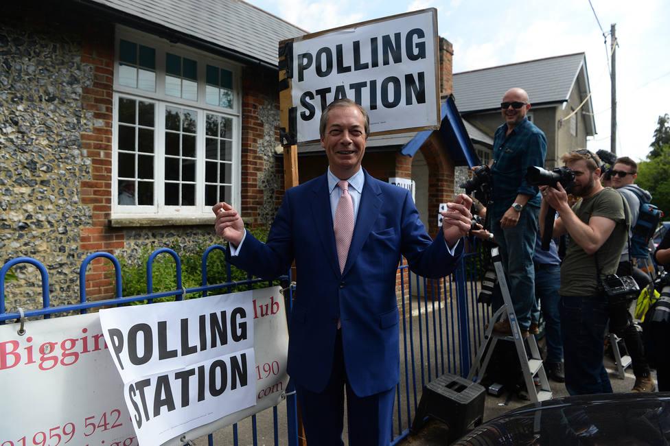 Conservadores y laboristas preparan a sus simpatizantes para una derrota aplastante en las elecciones europeas