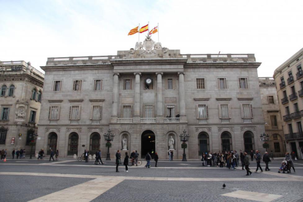 Cataluña: Todos los focos puestos sobre el Ayuntamiento de Barcelona