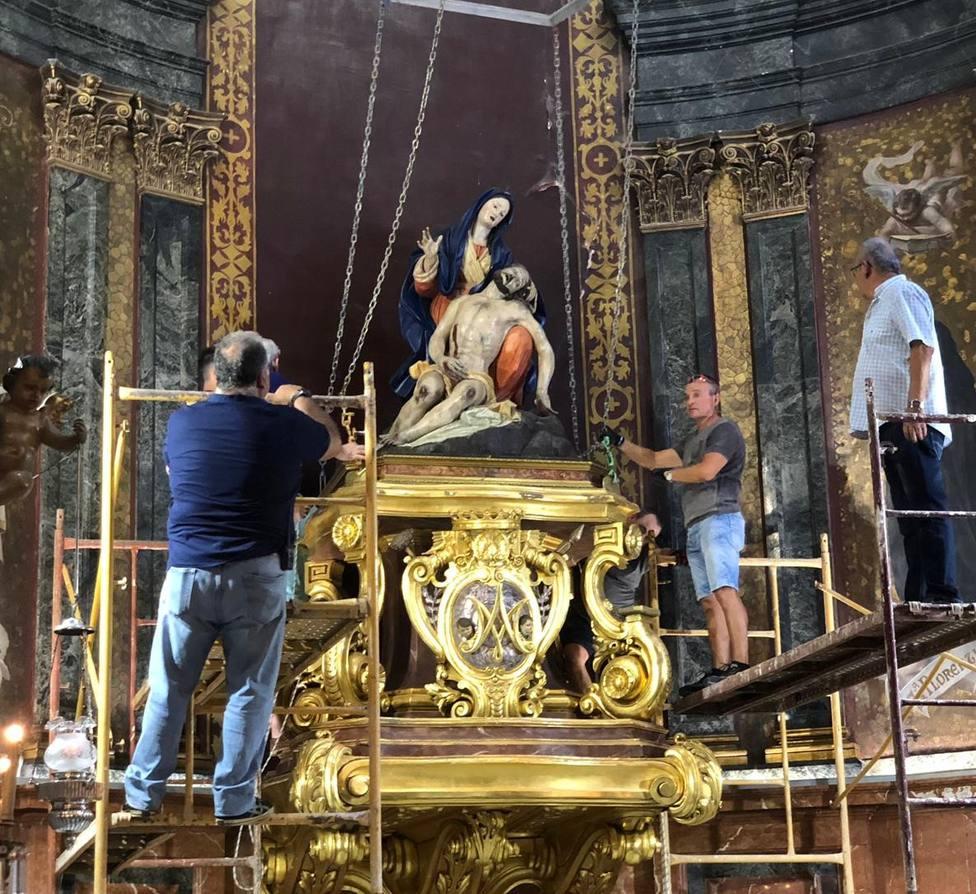 Trasladan la Caridad a Murcia para su restauración
