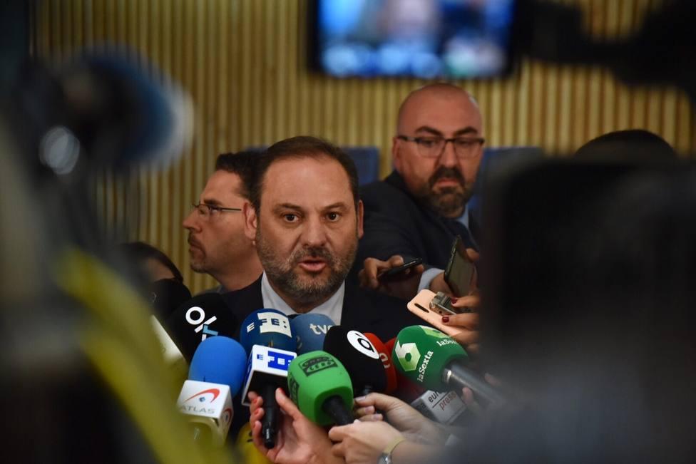 El PSOE sitúa en el terreno de la fantasía las ofertas del PP y exige una alternativa más allá del bloqueo