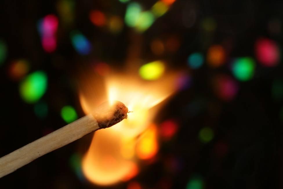 Unajoven de 18 añosha sufrido quemaduras de segundo grado tras quemarse con una vela