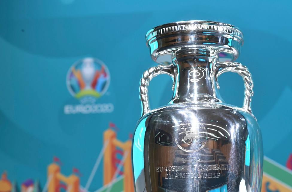Sorteados los playoff de repesca para la Eurocopa: Islandia-Rumanía y Escocia-Israel, entre otros