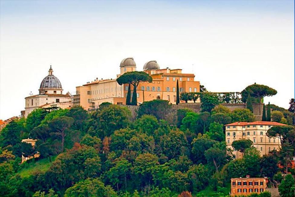 Castel Gandolfo, el observatorio de la Santa Sede que estudia el origen del universo