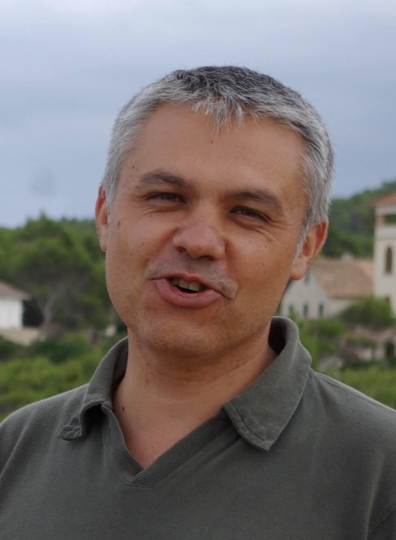 El virólogo Xavier Abad asegura que veta a los medios de Madrid por principios