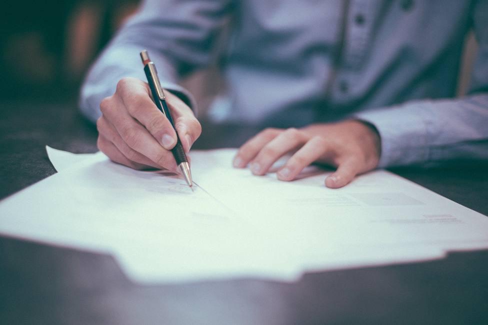 Estudio sobre la contratación de seguros vinculados a hipotecas y préstamos