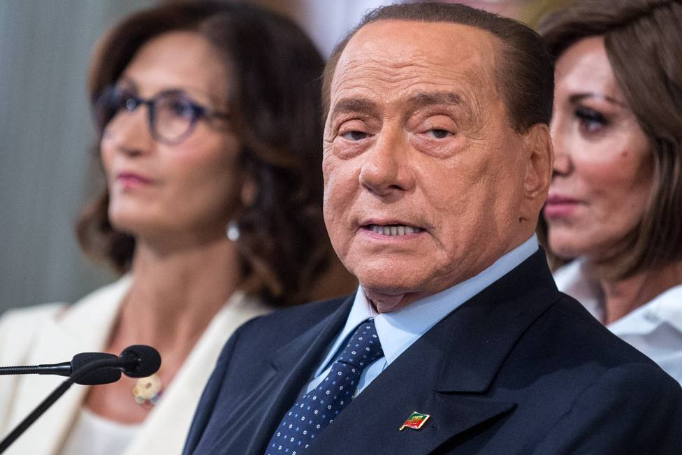 Berlusconi, hospitalizado en Mónaco por problemas cardiacos