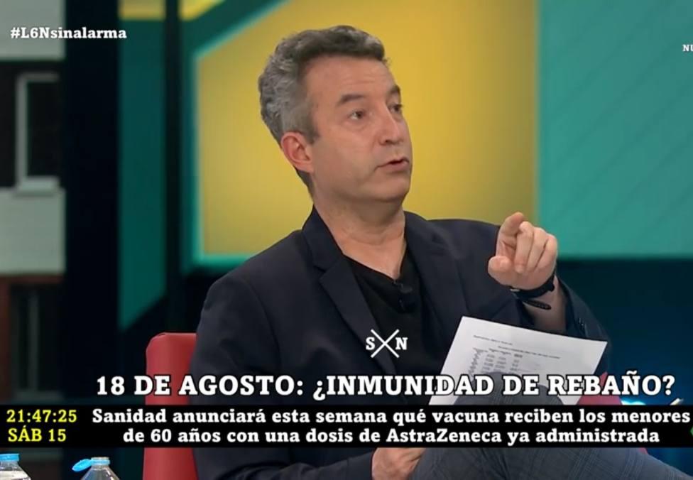 """El doctor Carballo explica lo que ocurrirá con la segunda dosis de AstraZeneca: """"La decisión está tomada"""""""