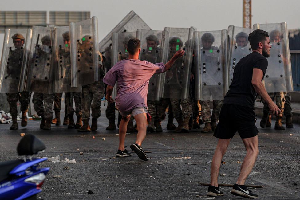 El estallido de nuevas protestas en el norte de Líbano provoca 19 heridos