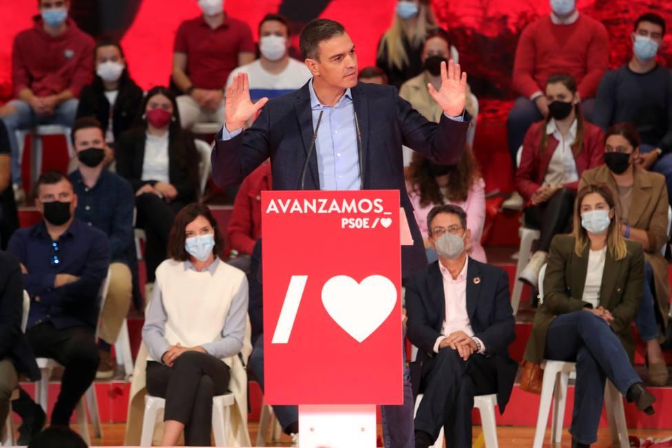 Sánchez asiste a un acto del PSOE en Ponferrada