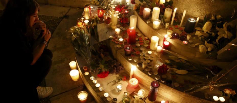 Homenaje al padre Jacques Hamel en Saint-Etienne-du Rouvray, donde fue asesinado por dos terroristas del Daesh. REUTERS