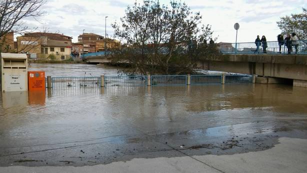 Pamplona mantiene el nivel de alerta ante la situación de los ríos Arga, Sadar y Elorz