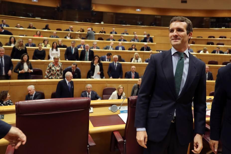 """Casado defiende la actuación """"equilibrada"""" contra Cospedal"""