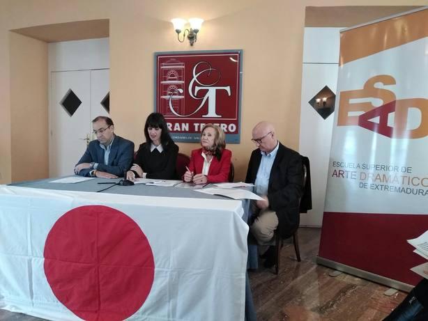 Presentación del Otoño Japonés en el Gran Teatro de Cáceres