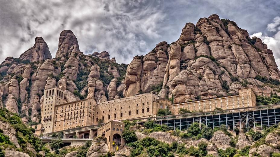Las cinco iglesias más bonitas que tienes que visitar si viajas a Cataluña