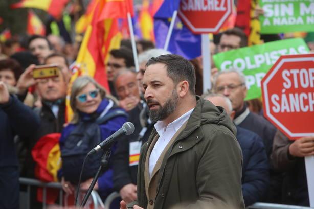 Abascal (Vox) pide detener a la Presidencia de la Generalitat para sofocar el golpe con todas sus consecuencias