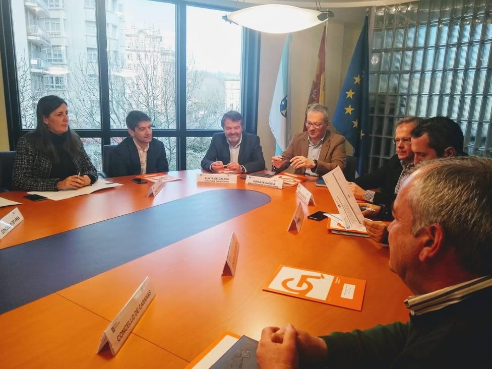 Participantes en la reunión celebrada en el edificio de la Xunta - FOTO: Concello de Ferrol