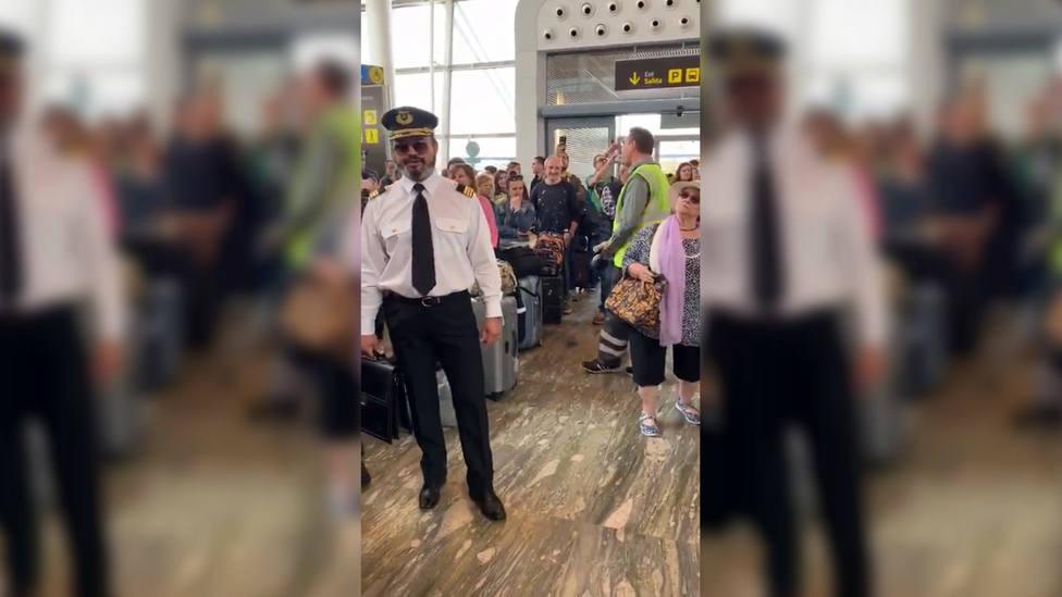 La jota en pleno aeropuerto de Zaragoza que está revolucionando las redes sociales