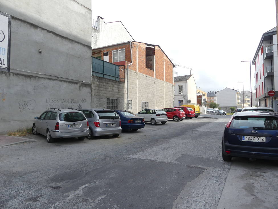 El PP pide al Concello que asfalte un tramo en la avenida Reverendo Xosé Fernández Núñez