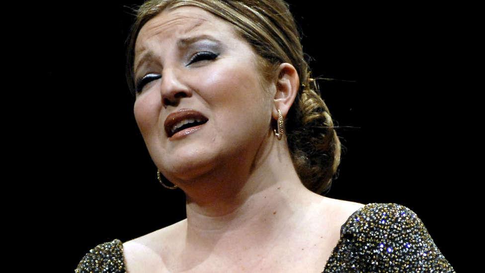 """La soprano Mariola Cantarero: """"Sólo puedo decir cosas buenas de Plácido Domingo"""""""