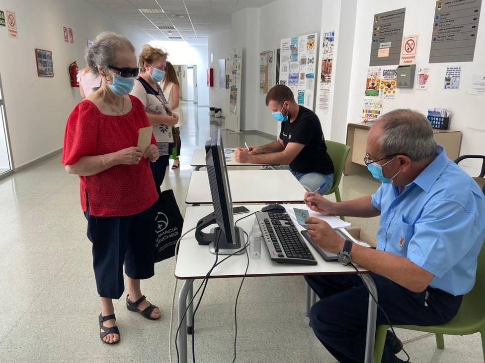 Reparto de mascarillas por parte del Ayuntamiento de Alicante (Ayuntamiento)