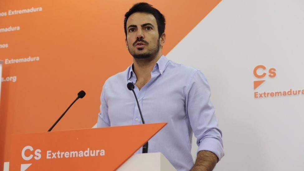 El coordinador autonâ??â?¥mico de Ciudadanos en Extremadura, David Salazar