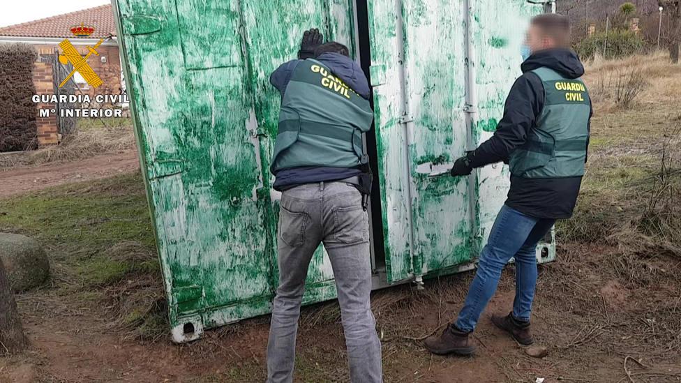 La Guardia Civil detiene en La Rioja al presunto autor del robo de cuatro contenedores marítimos