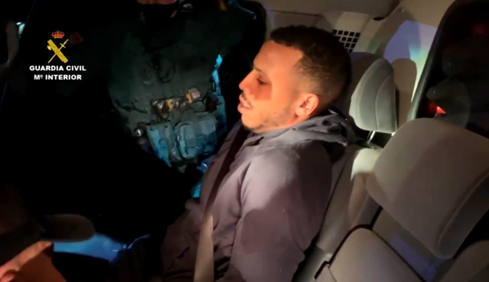 Imagen de El melillero el día de su detención por la Guardia Civil.