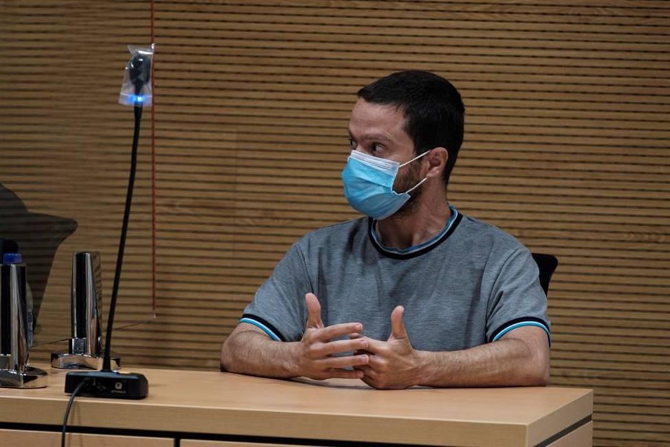 Juicio contra un hombre acusado de haber matado a su padre, el poeta y abogado José Rafael Hernández