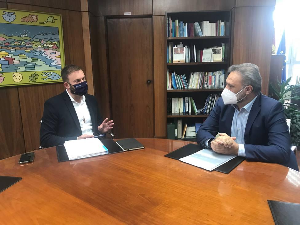 Gonzalo Trenor y Andrés Fuentes reunidos en A Coruña - FOTO: Xunta