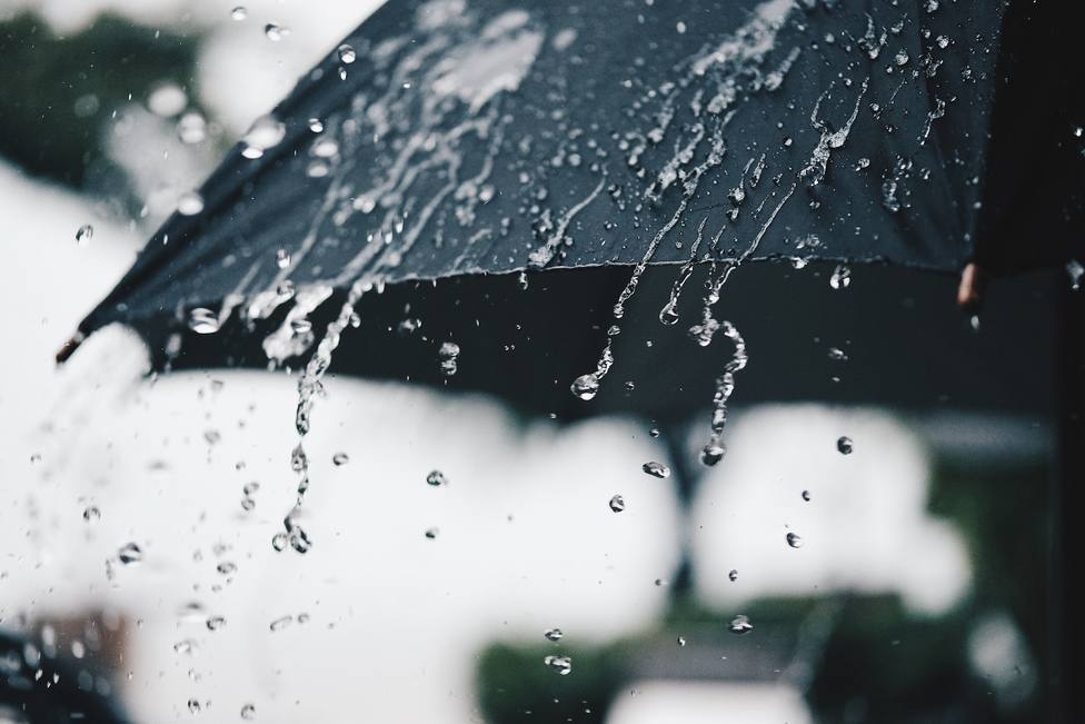 Las lluvias afectarán este lunes a casi todo el país, acompañadas de tormenta en varios puntos