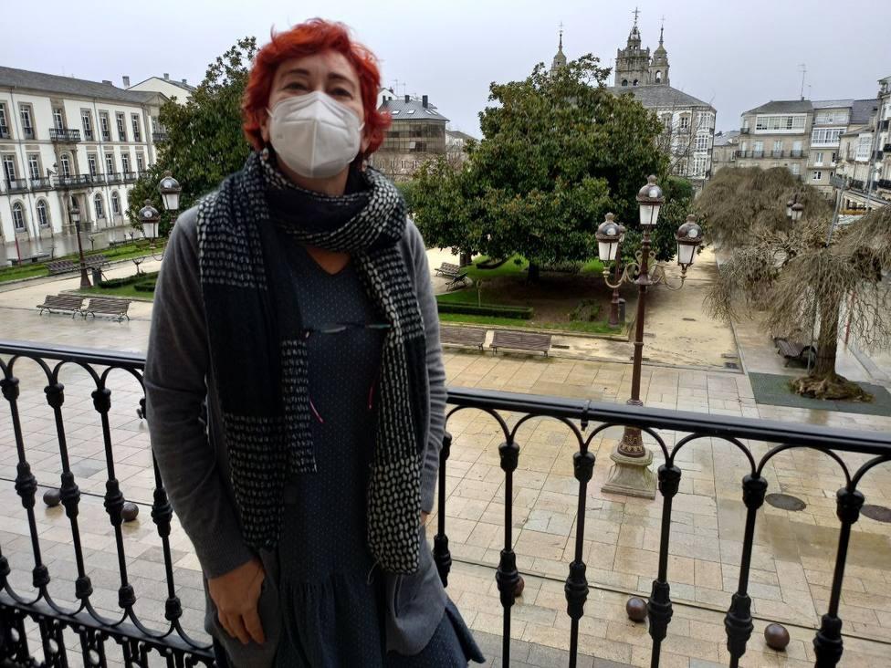 Maite Ferreiro en el balcón de la Casa do Concello