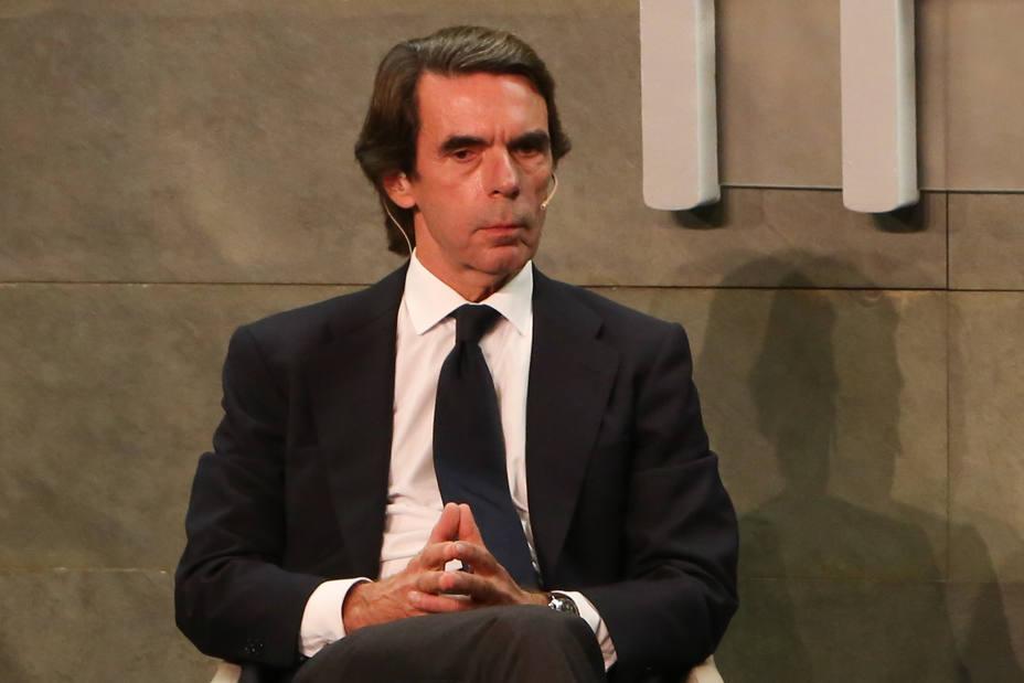 Aznar traslada su pésame a Marinao Rajoy y su familia por el fallecimiento de su padre