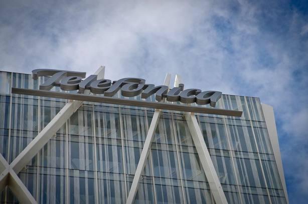 Telefónica utilizará la red social para empresas de Facebook para conectar a sus 120.000 empleados