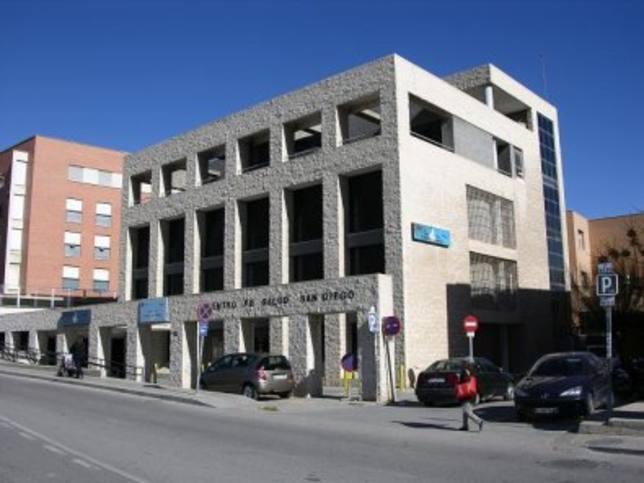PSOE amaga con movilizaciones si San Diego no abre por las tardes antes de fin de mes