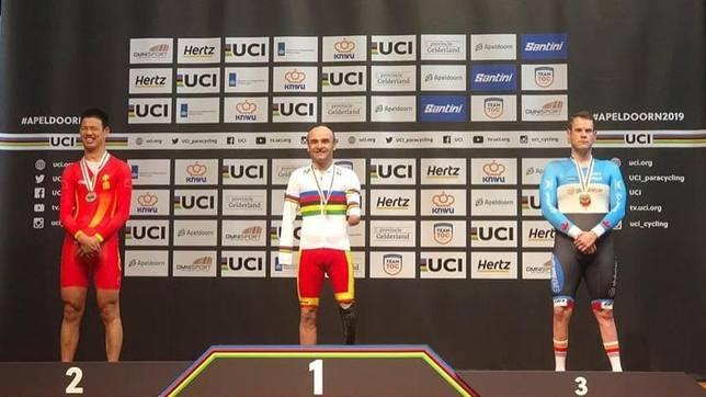 España firma tres medallas y un récord del mundo en el estreno del Mundial de Pista de ciclismo adaptado