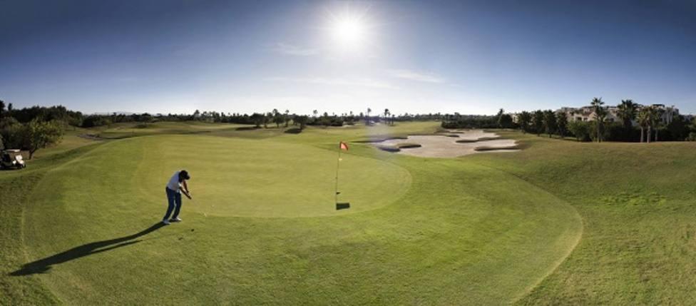 Turismo se reúne en Londres con operadores líderes de golf para la llegada de jugadores británicos a la Región