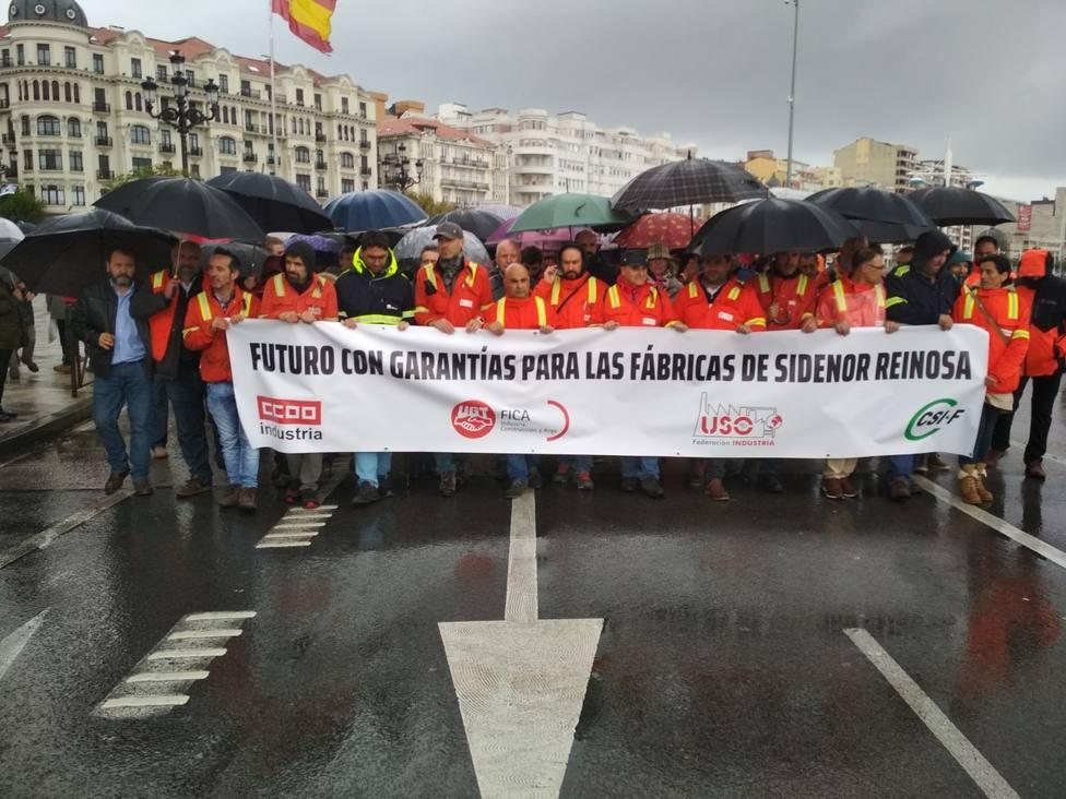 Manifestación de Sidenor por las calles de Santander