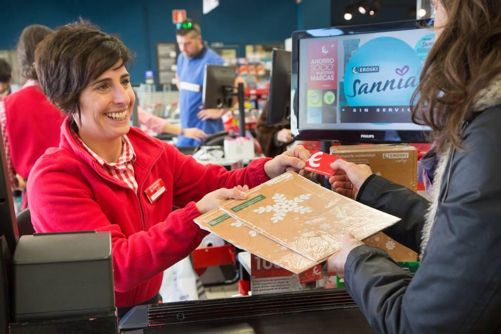 La campaña de Navidad creará más de 1,14 millones de contratos, un 7,3% más, según Adecco