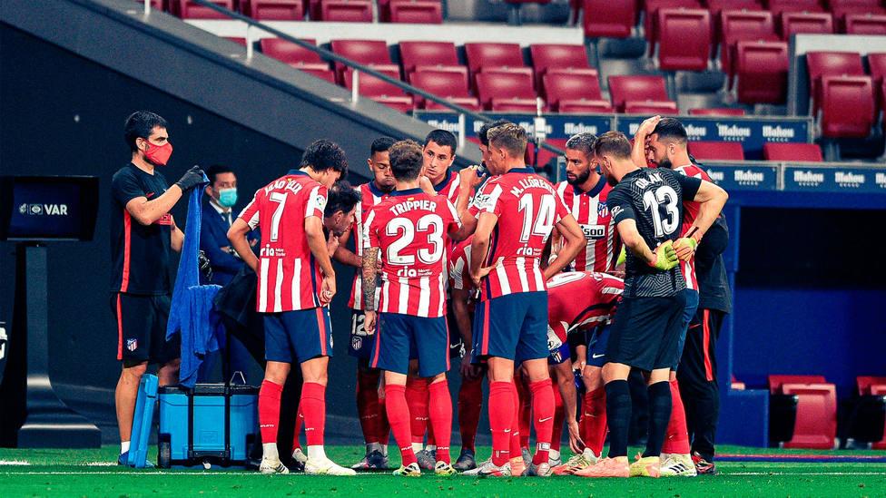 La plantilla del Atlético de Madrid, durante un partido a puerta cerrada por el coronavirus. CORDONPRESS