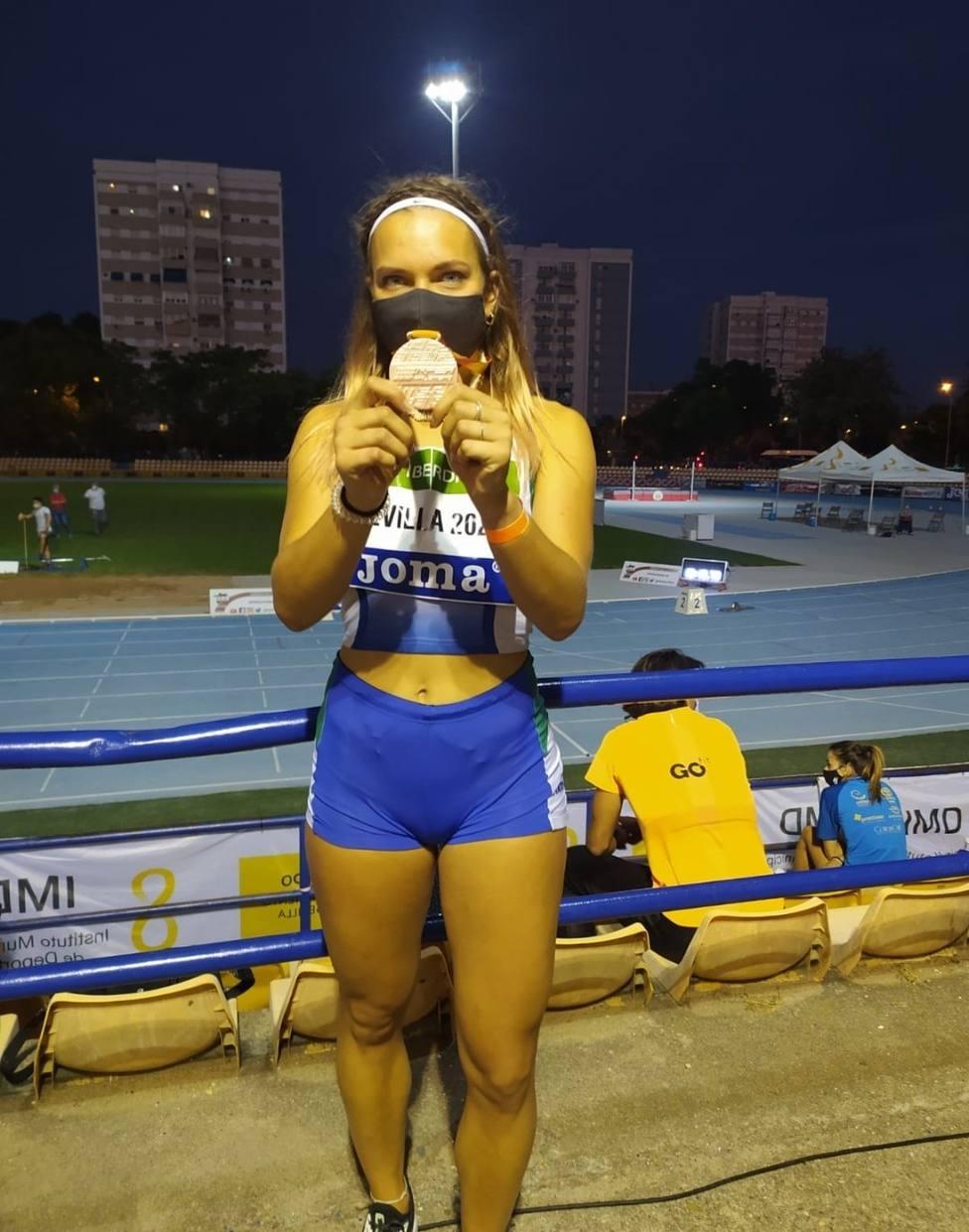 María Cortijos, bronce en el Campeonato de España de Atletismo de Peso sub 23