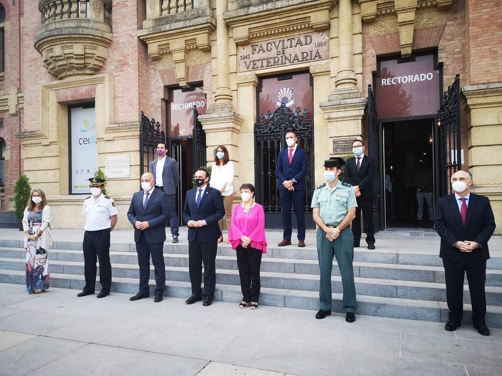 Guardia Civil, Diputación, Subdelegación, Cruz Roja y CaixaBank suman fuerzas para la seguridad de los mayores