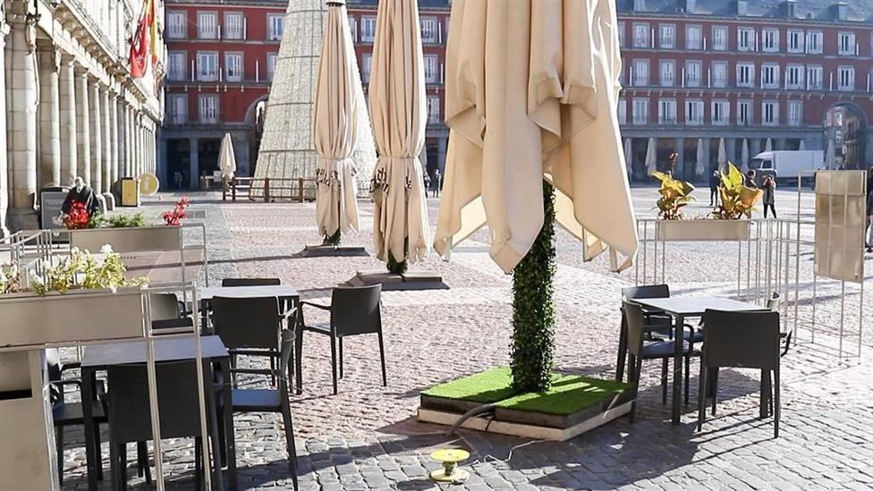 Madrid no plantea restricciones a la hostelería pese al aumento de casos