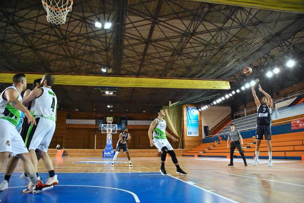 Imágenes del partido entre el Ciudad de Huelva y el CB San Fernando