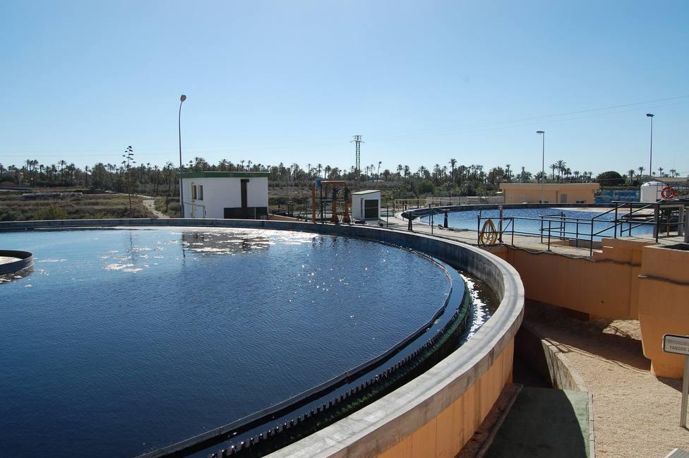 Un método rápido para detectar las cepas brasileña y sudafricana en las aguas residuales de Alicante