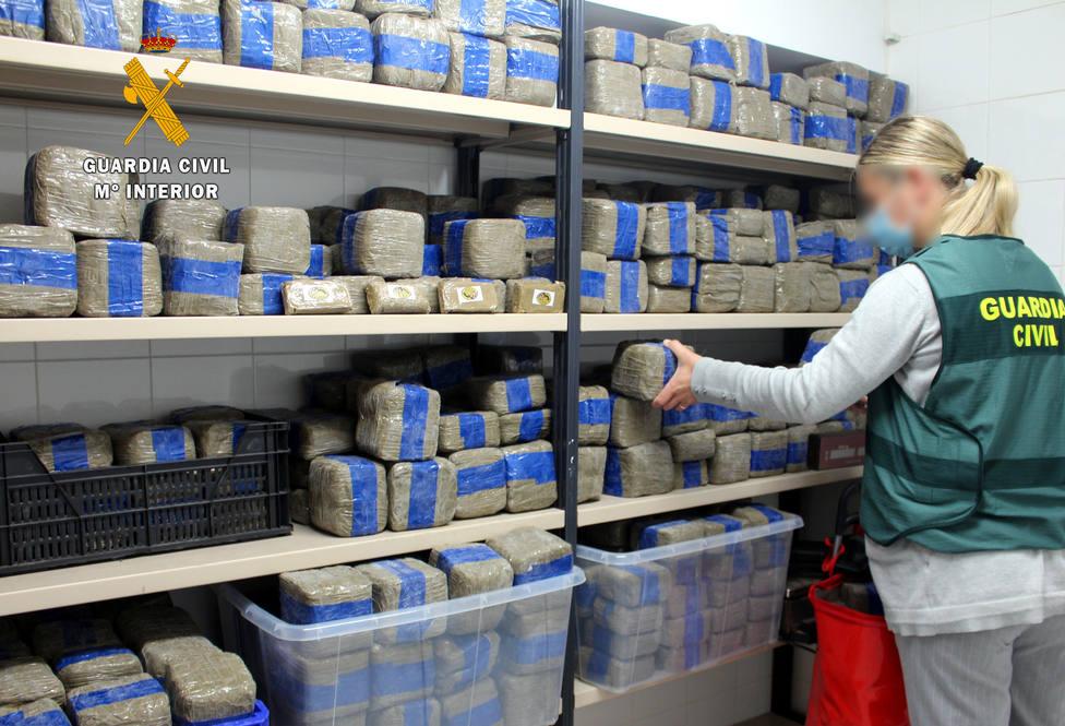 La Guardia Civil ha retirado del mercado más de 300 kilos de hachís