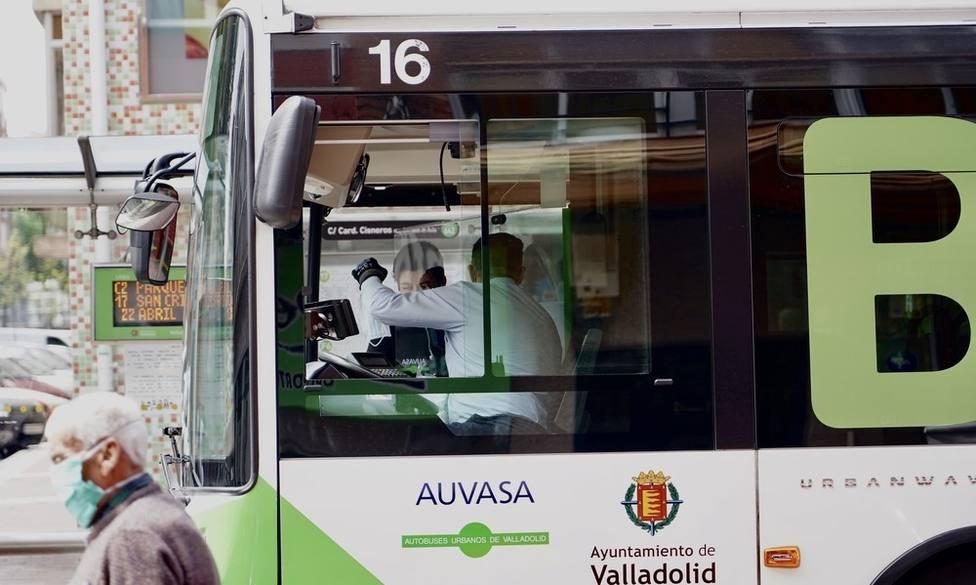 Imagen de archivo de un autobús de Auvasa