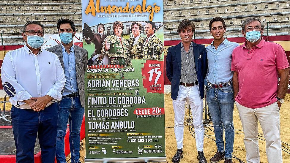 Acto de presentación del cartel de Almendralejo (Badajoz)