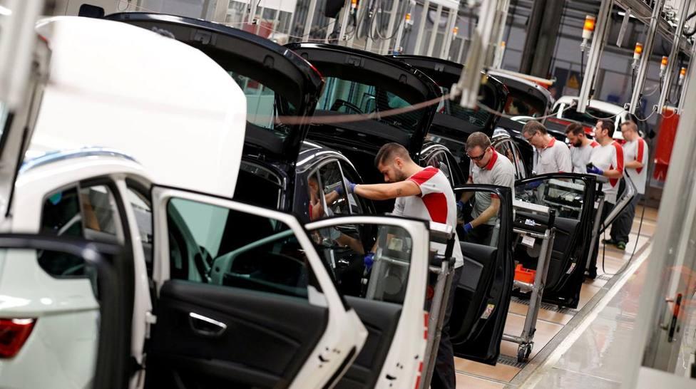 ¿Cuánto tarda un concesionario en dar un coche nuevo? La escasez de microchips satura el sector