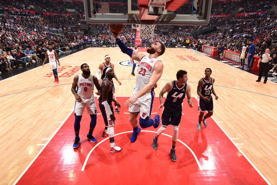 Detroit Pistons v LA Clippers